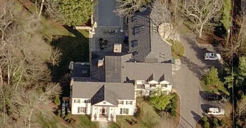 george w bushs eco friendly ranch compared to al gores energy expending mansion - Houses Pic