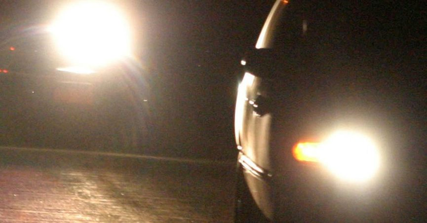 Fact check flashing headlights gang initiation a warning about gang members driving around with their headlights off then killing anyone who flashes them is old and false aloadofball Images