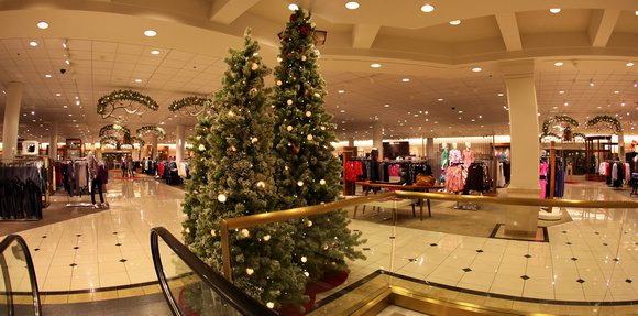 While Nordstrom Does Have A Longstanding Policy Not To Decorate For  Christmas Until After Thanksgiving, A Photograph Of A Sign To That Effect  Which Went ...