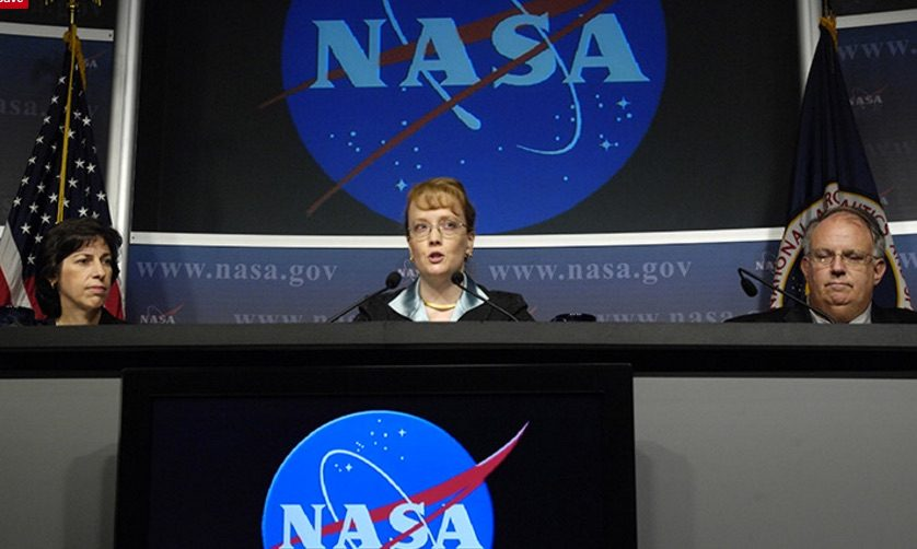 FALSE: NASA Admits It Is in Contact with Alien Species and Just Forgot to Mention It