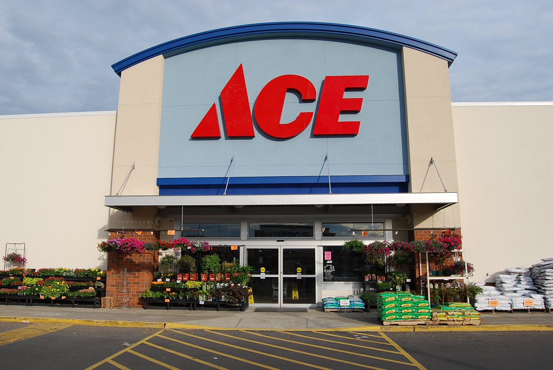 k Followers, Following, Posts - See Instagram photos and videos from Ace Hardware (@acehardware).