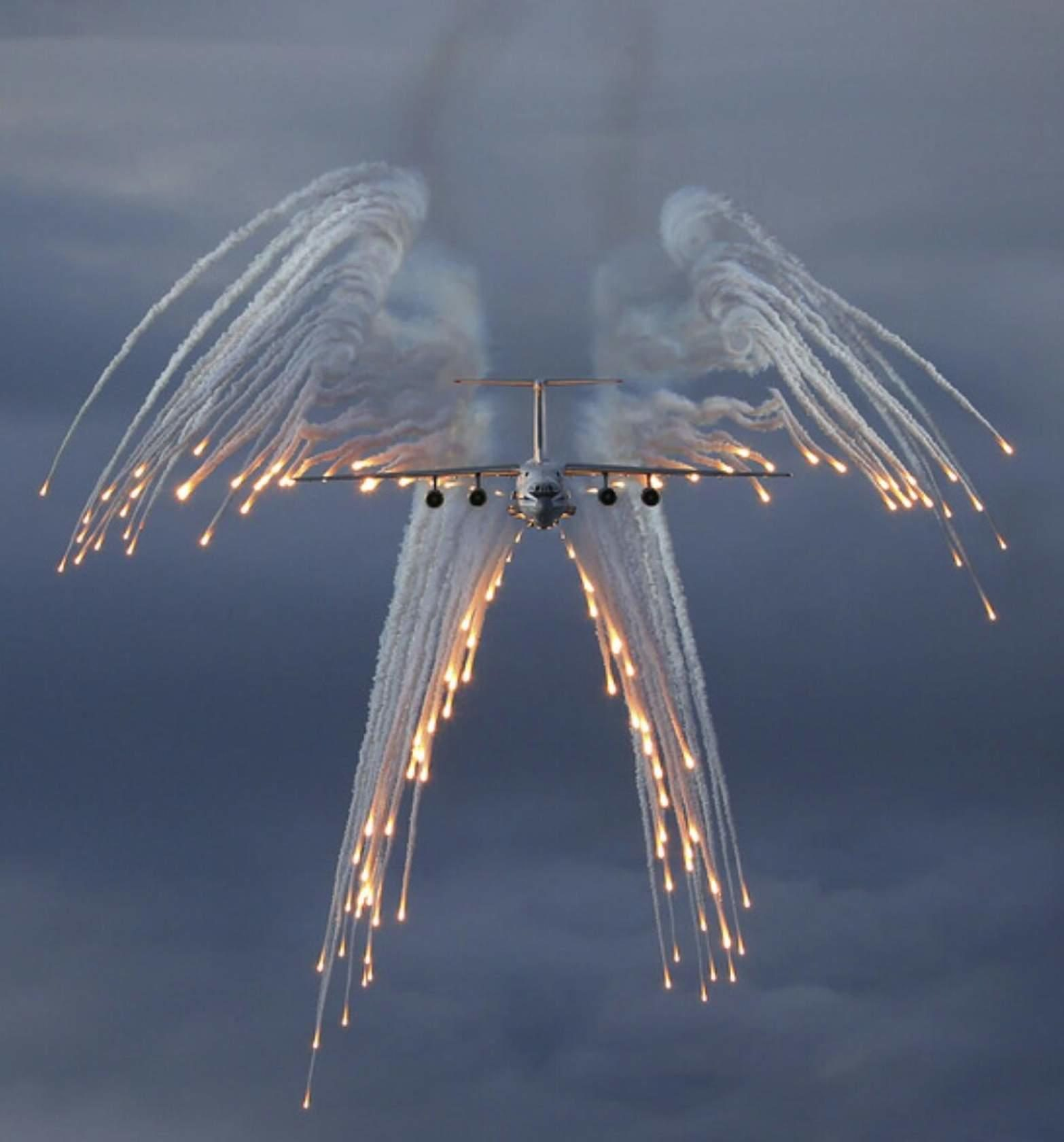 Fact Check Do Angel Flights Release Flare Salutes For Fallen