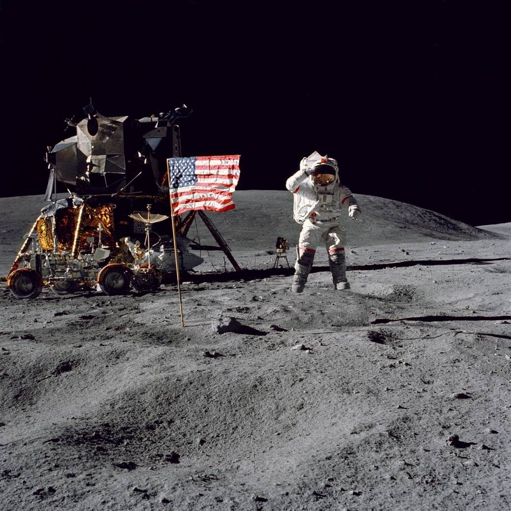 Fact Check Did Astronauts Remove Their Helmets On The Moon