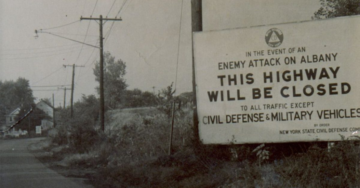 Raven Rock Book >> FACT CHECK: Were 'Highway Closed in Event of Enemy Attack' Signs Posted During the Cold War?