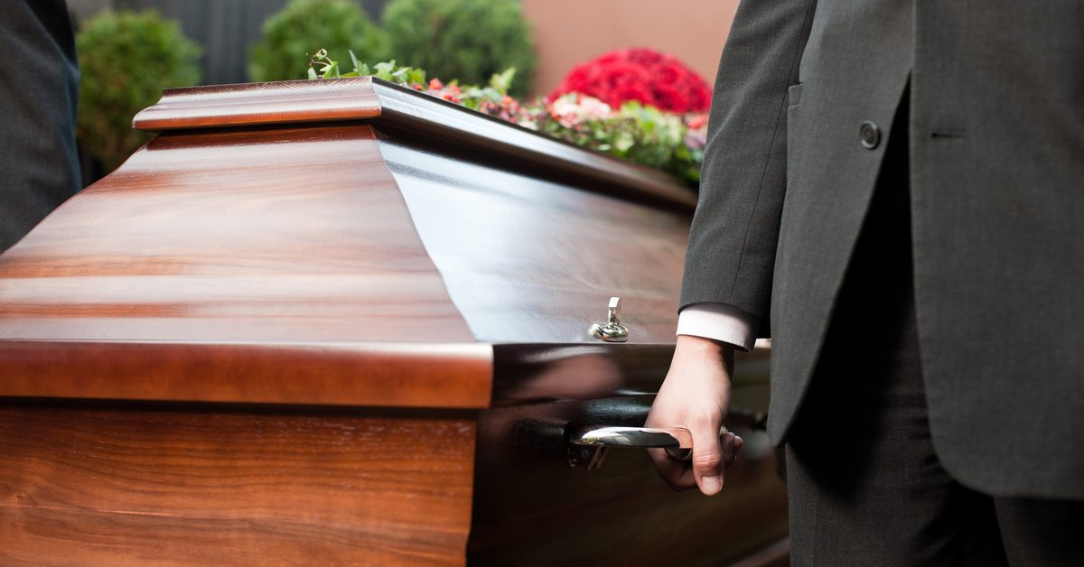 Six Flags St. Louis Offers Perks for Customer Coffin Time