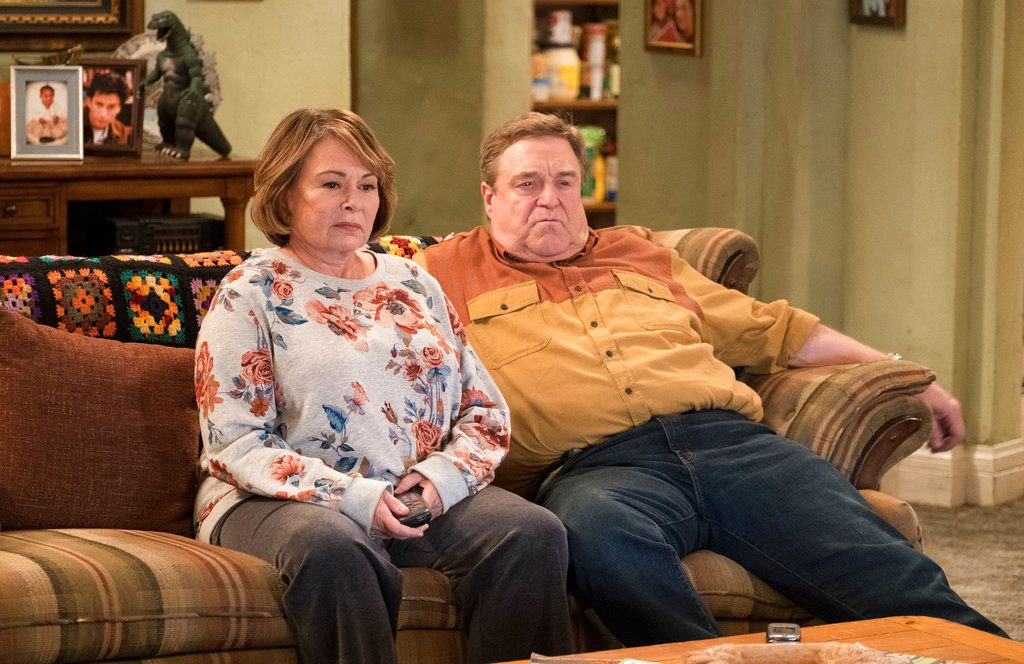 ABC Cancels 'Roseanne' Following Star's Racist Tweet