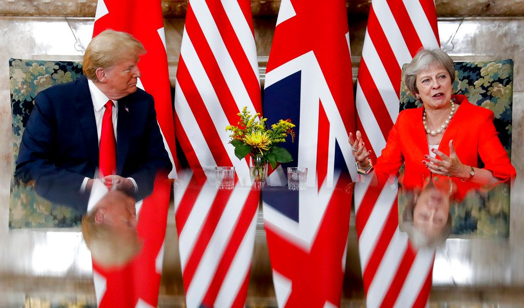 Theresa May pitches for a post-Brexit trade deal with Donald Trump