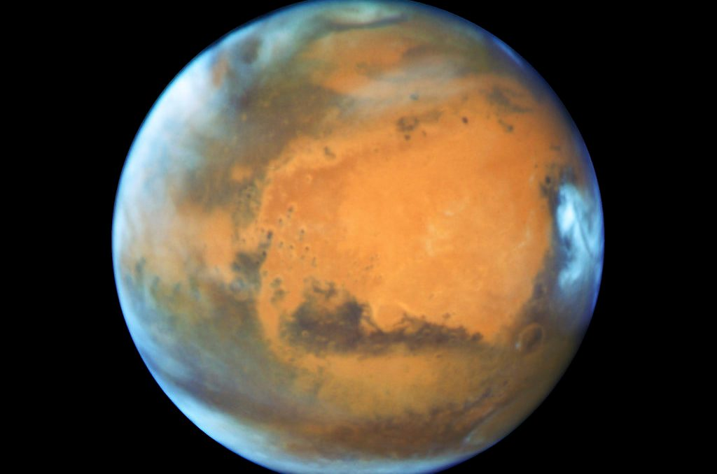 Mars Express Detects Liquid Water Under Mars' South Pole