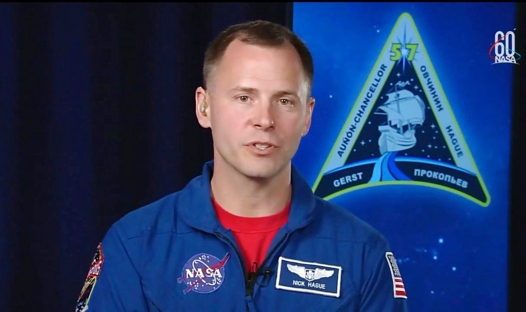 NASA astronaut Hague notes his Russian partner's experience US 10:02