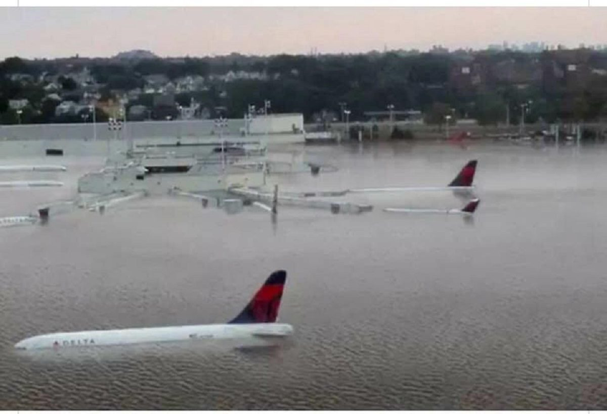 FACT CHECK: Is This a Photograph of a Florida Airport Flooded During Hurricane Michael?