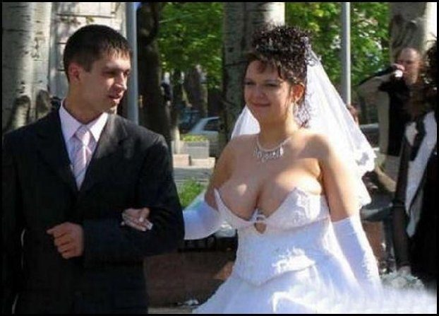 Either Way The Bride Pictured Above Isnt Only One Who Has Displayed A Similar Feature